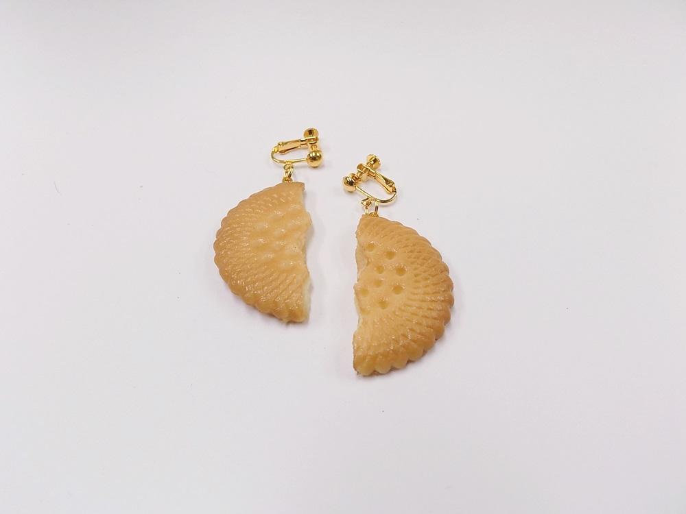 Broken Cookie (half-size) Clip-On Earrings