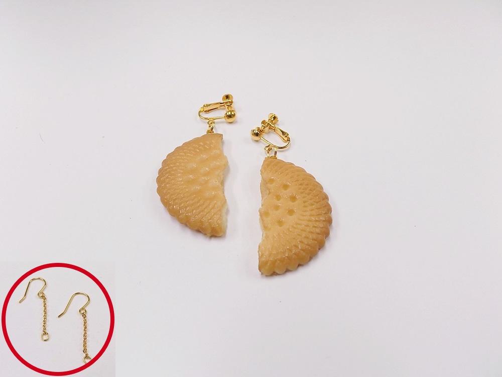 Broken Cookie (half-size) Pierced Earrings