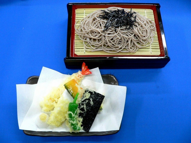 Chilled Soba Noodles with Tempura Replica