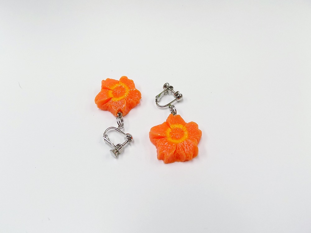 Flower-Shaped Carrot Ver. 2 Clip-On Earrings