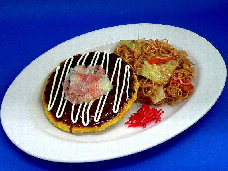 Okonomiyaki (Pancake) & Yakisoba (Fried Noodles) Dish Replica