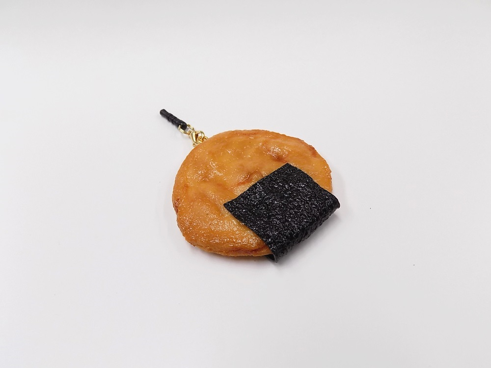 Senbei (Japanese Cracker) with Seaweed (large) Headphone Jack Plug
