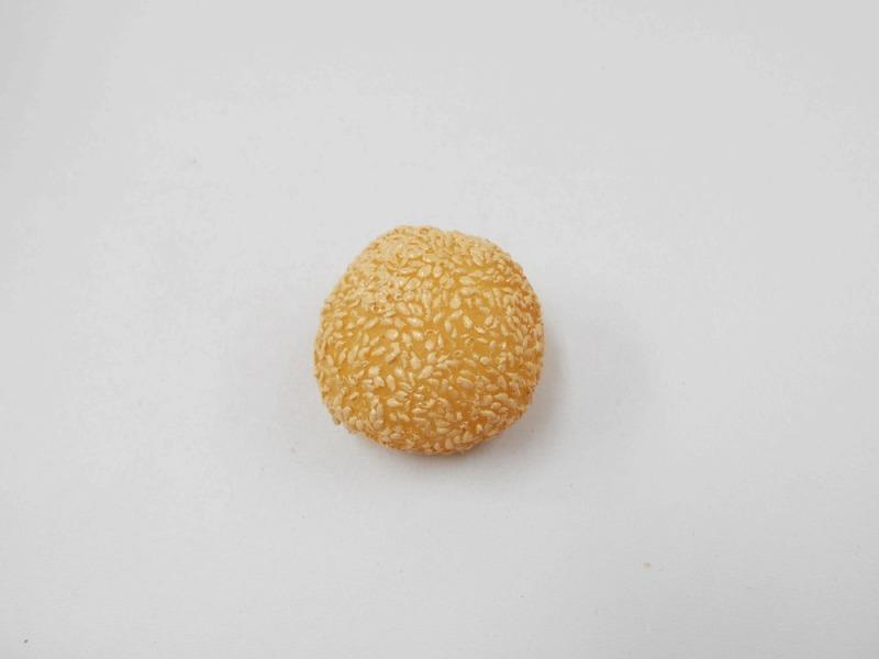 Sesame Dumpling Magnet