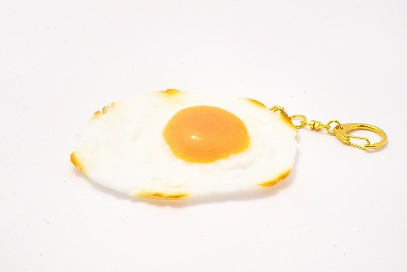 Sunny-Side Up Egg (large) Keychain