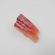 2 Cuts of Yellowtail Sashimi Magnet - Fake Food Japan