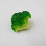 Broccoli Outlet Plug Cover - Fake Food Japan