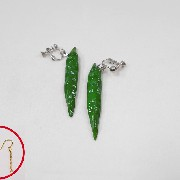 Green Chili Pepper (mini) Pierced Earrings - Fake Food Japan