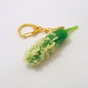 Green Pepper Tempura Keychain - Fake Food Japan