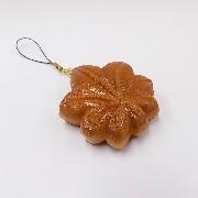 Momiji Manju (Maple Leaf-Shaped Steamed Bun) Cell Phone Charm/Zipper Pull - Fake Food Japan