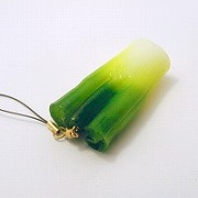 White Spring Onion Cell Phone Charm/Zipper Pull - Fake Food Japan