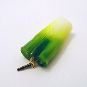 White Spring Onion Headphone Jack Plug - Fake Food Japan