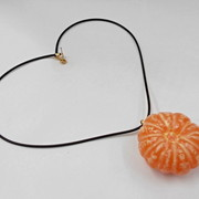 Whole Peeled Orange Necklace - Fake Food Japan