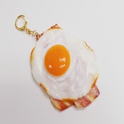 Bacon & Egg (large) Keychain - Fake Food Japan