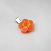 Flower-Shaped Carrot Ver. 2 Hair Clip - Fake Food Japan