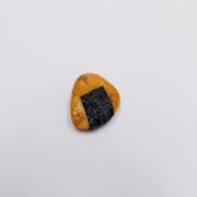Senbei (Japanese Cracker) with Seaweed (small) Magnet - Fake Food Japan