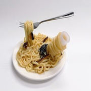 Spaghetti with Mushrooms & Seaweed Small Size Replica (Pencil/Pen Stand Version) - Fake Food Japan