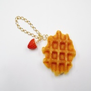 Waffle & Strawberry Bag Charm - Fake Food Japan